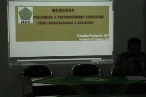 Workshop Kurikulum Agroteknologi dan Agribisnis